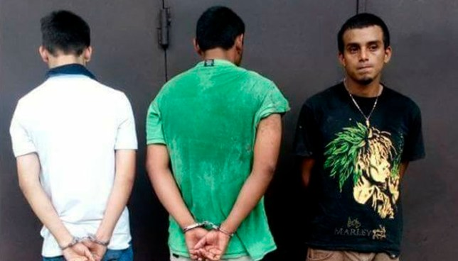 Policía incauta droga valorada en $700 a tres distribuidores pandilleros en Chalatenango