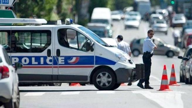 Un hombre atropella a un grupo de estudiantes en Francia y deja tres heridos