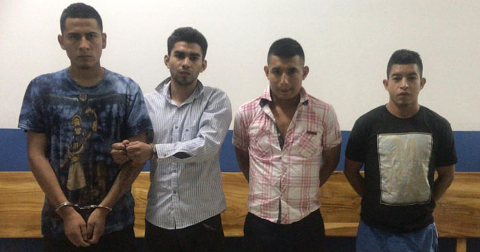 Arrestan en Cabañas a sujetos que cometieron un triple homicidio