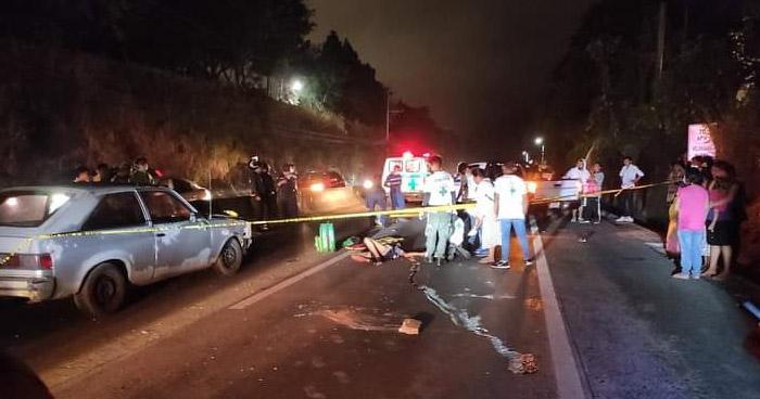 Joven motociclista muere al ser arrollado en carretera al Puerto de La Libertad