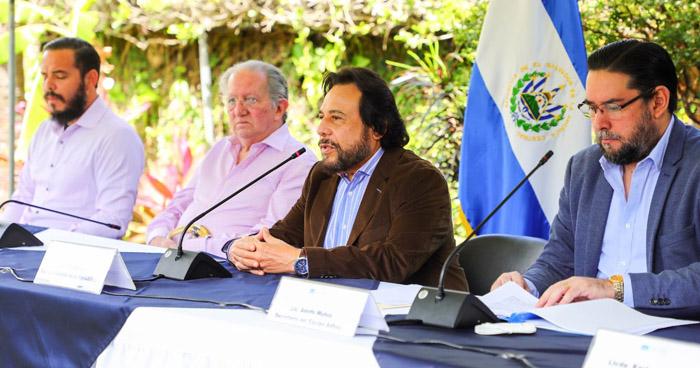 Salvadoreños desde 18 países han enviado propuestas de reformas a la Constitución