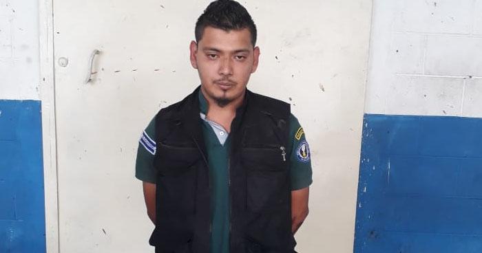 Vigilante cobraba extorsión de pandilleros en el centro de San Salvador