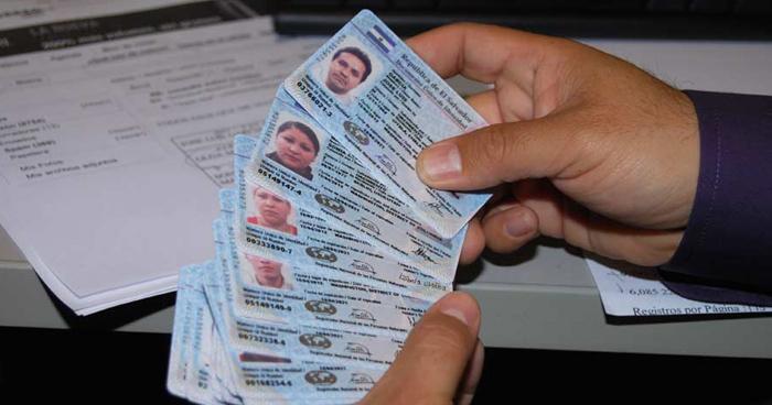 GANA retira su apoyo para votar con DUI vencido tras declaraciones de Nayib Bukele
