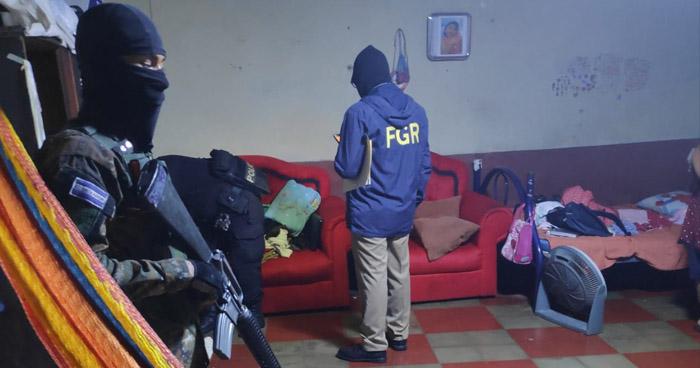 Empleados de la alcaldía de Zacatecoluca extorsionaban a comerciantes