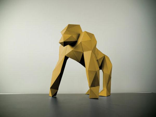 papertrophy-golden-gorila