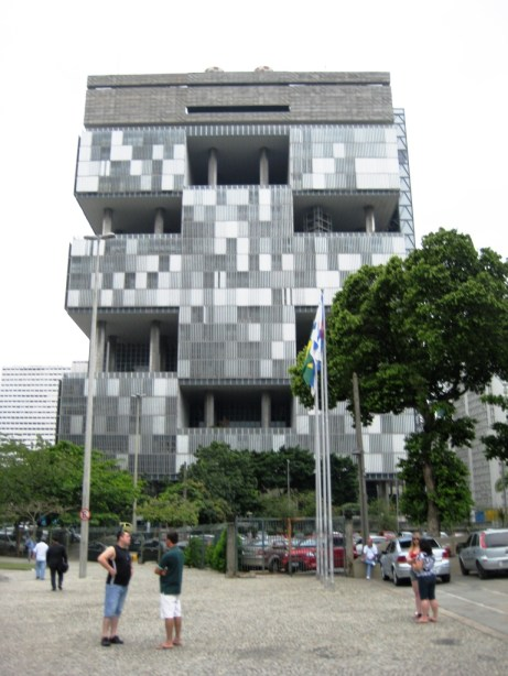 I Really Don't Think the World's Ugliest Building is that Ugly, Do You?