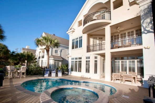 July is National Vacation Rental Month! Can You Picture Yourself in this Hilton Head Island Rental? Wyndham Vacation Rentals Can Connect You.