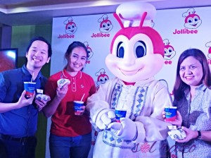 Jollibee celebrates Independence Day – #PinoyAndProud