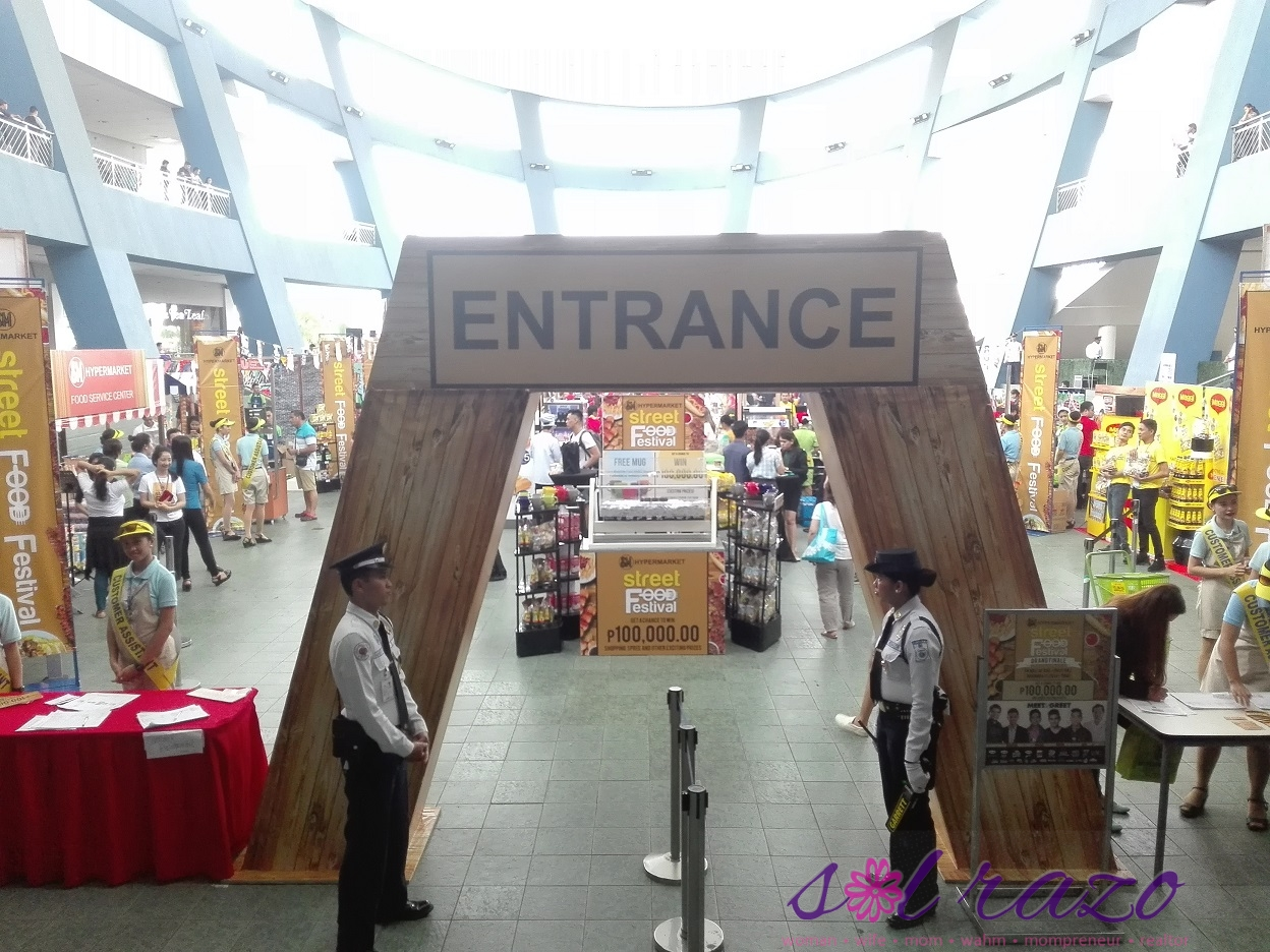sm-moa-food-fest-entrance
