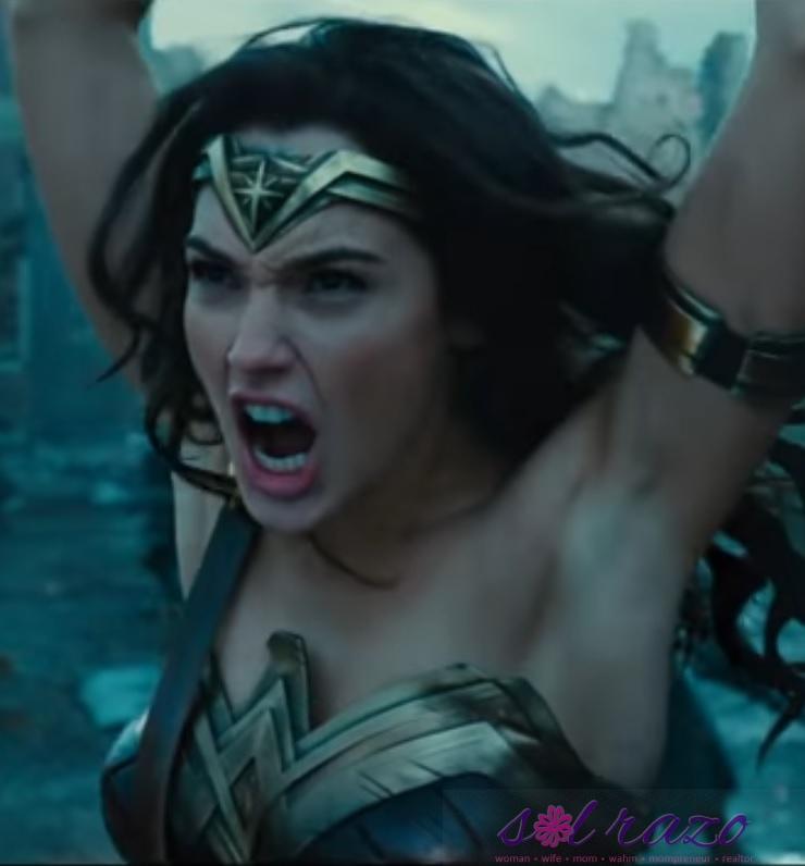 Wonder Woman vs her armpits