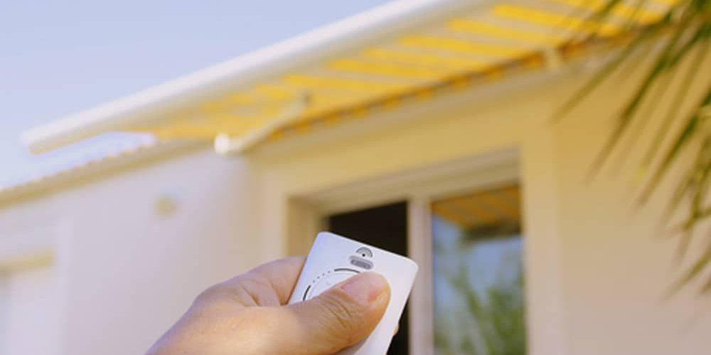 Nel catalogo è disponibile un'ampia gamma di modelli per edifici residenziali e commerciali, capaci di adattarsi a ogni struttura architettonica: Tende Da Sole Elettriche Quali Automatismi Soltenitalia