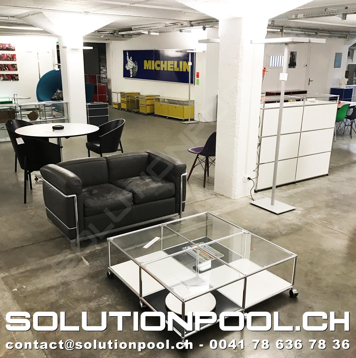 Showroom solutionpool first class second hand for home for Gebrauchte buromobel ankauf