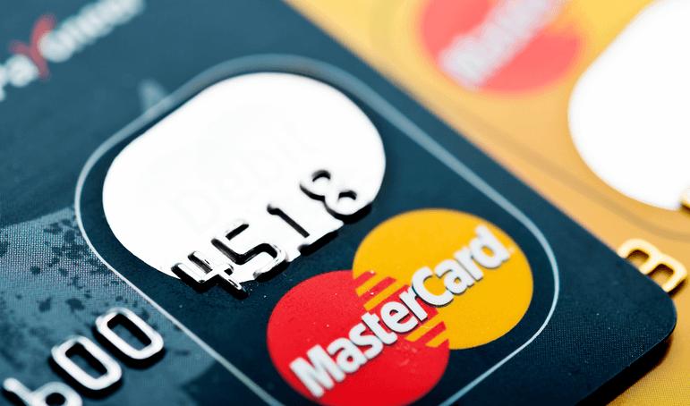 Mastercard accélère tout particulièrement l'adoption de la biométrie afin qu'elle devienne la norme d'authentification des paiements numériques à compter d'avril 2019.