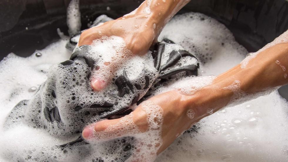 pulire-abbigliamento-sportivo