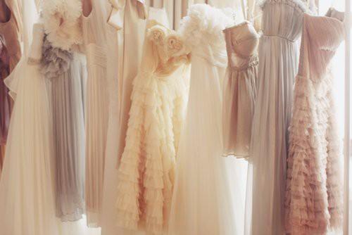Matrimonio di giorno: cosa indossare?