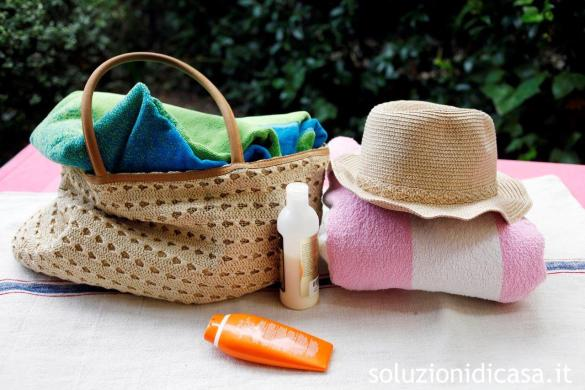 Come comporre il kit beauty per il mare