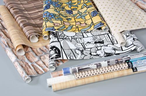Come riutilizzare la carta da parati soluzioni di casa for Carta da parati adesiva shabby