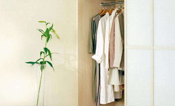 come organizzare il guardaroba nella seconda casa