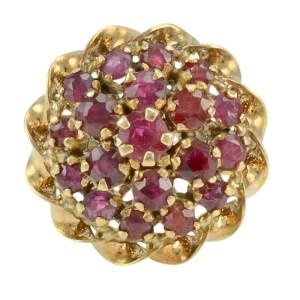 18 Karat Yellow Gold Ruby Princess Ring