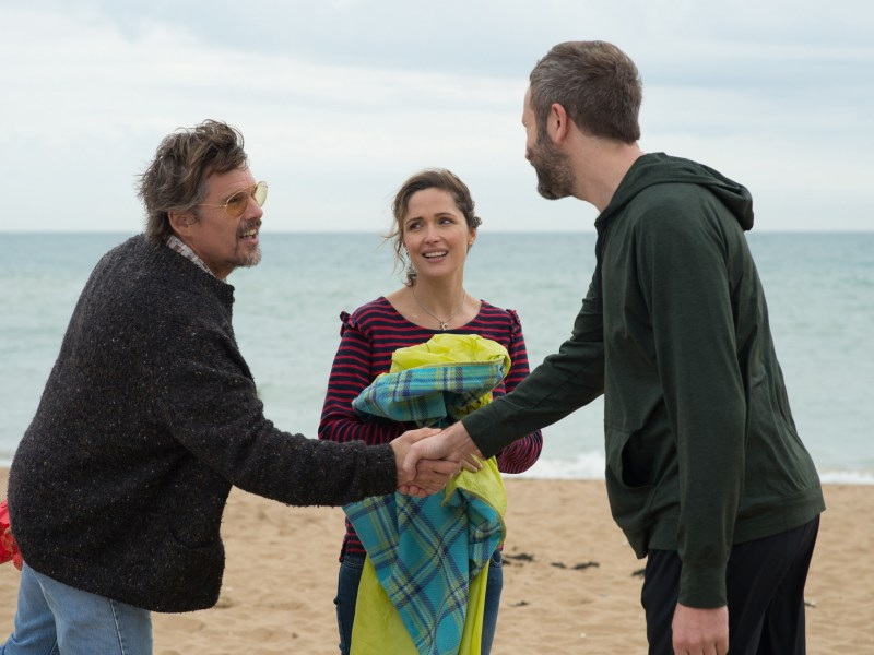 Ethan Hawke, Rose Byrne, and Chris O'Dowd in JULIET, NAKED.