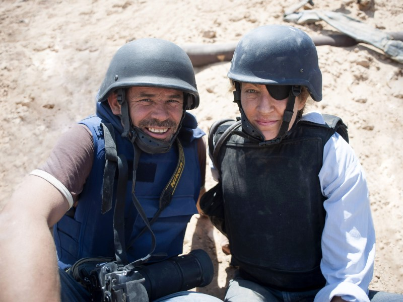 Paul Conroy and Marie Colvin in Misrata, Libya in a still from Under the Wire.
