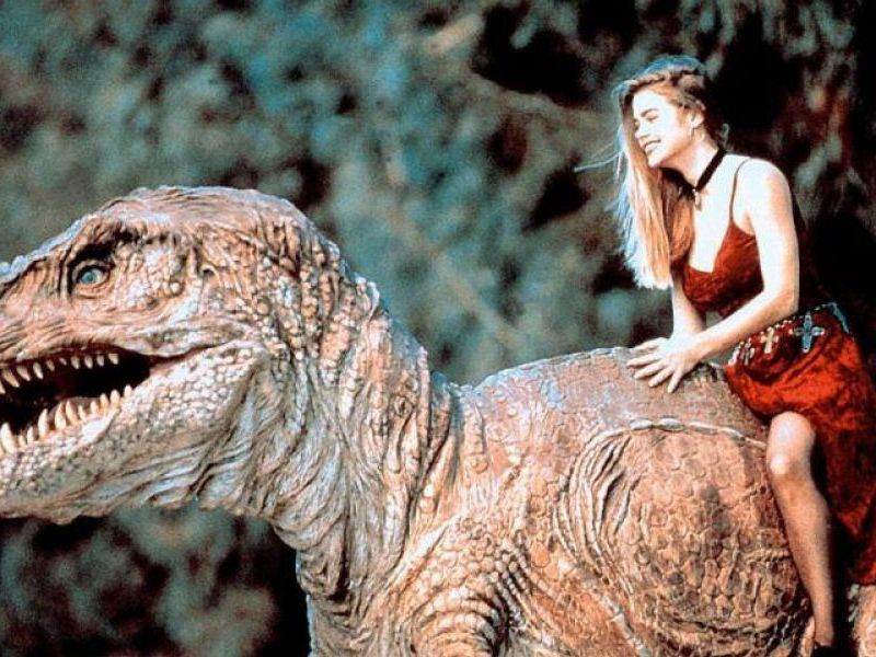 T-Rex and Tammy (Denise Richards) in Tammy and the T-Rex