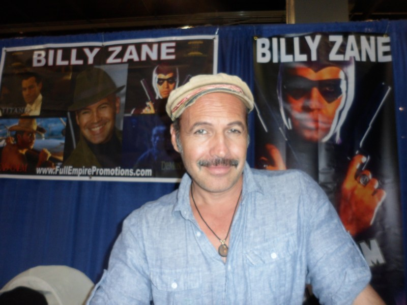 Billy Zane appears during Wizard World Chicago 2019.
