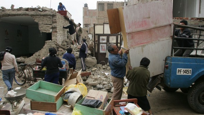 Peru Earthquake August 2007 2012 01 30 0