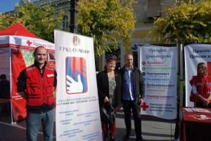 Представници Црвеног крста Сомбор у члан Градског већа др Далибор Форгић