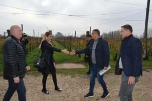 Градоначелница Сомбора Душанка Голубовић дочекала министра пољопривреде Бранислава Недимовића у Риђици