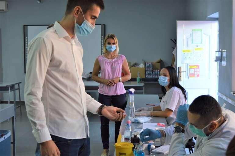 Градоначелник Антонио Ратковић позвао је суграђане да се придруже добровољним даваоцима крви