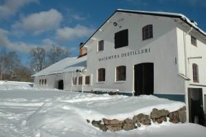 Mackmyra_Whisky_Distillery_at_winter_--_Mackmyra_Bruk,_Valbo,_Sweden