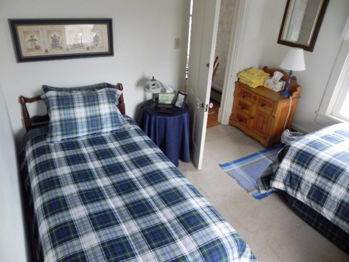 Front Twin Bed Bedroom