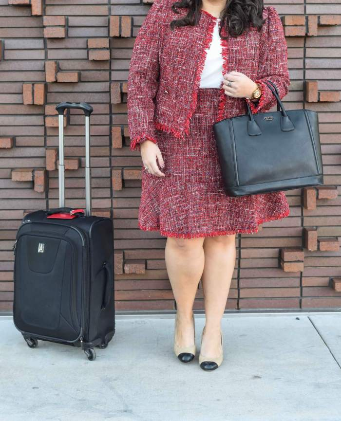 Wearing color to work should be a rule and this plus size suit is perfect for any business casual or business formal environment. #plussize #plussizestyle #workwear