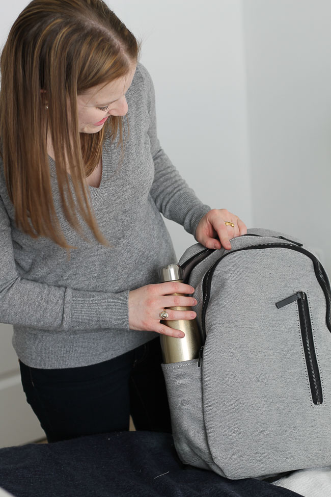 How to Pack Your Carry On with Everlane | Something Good