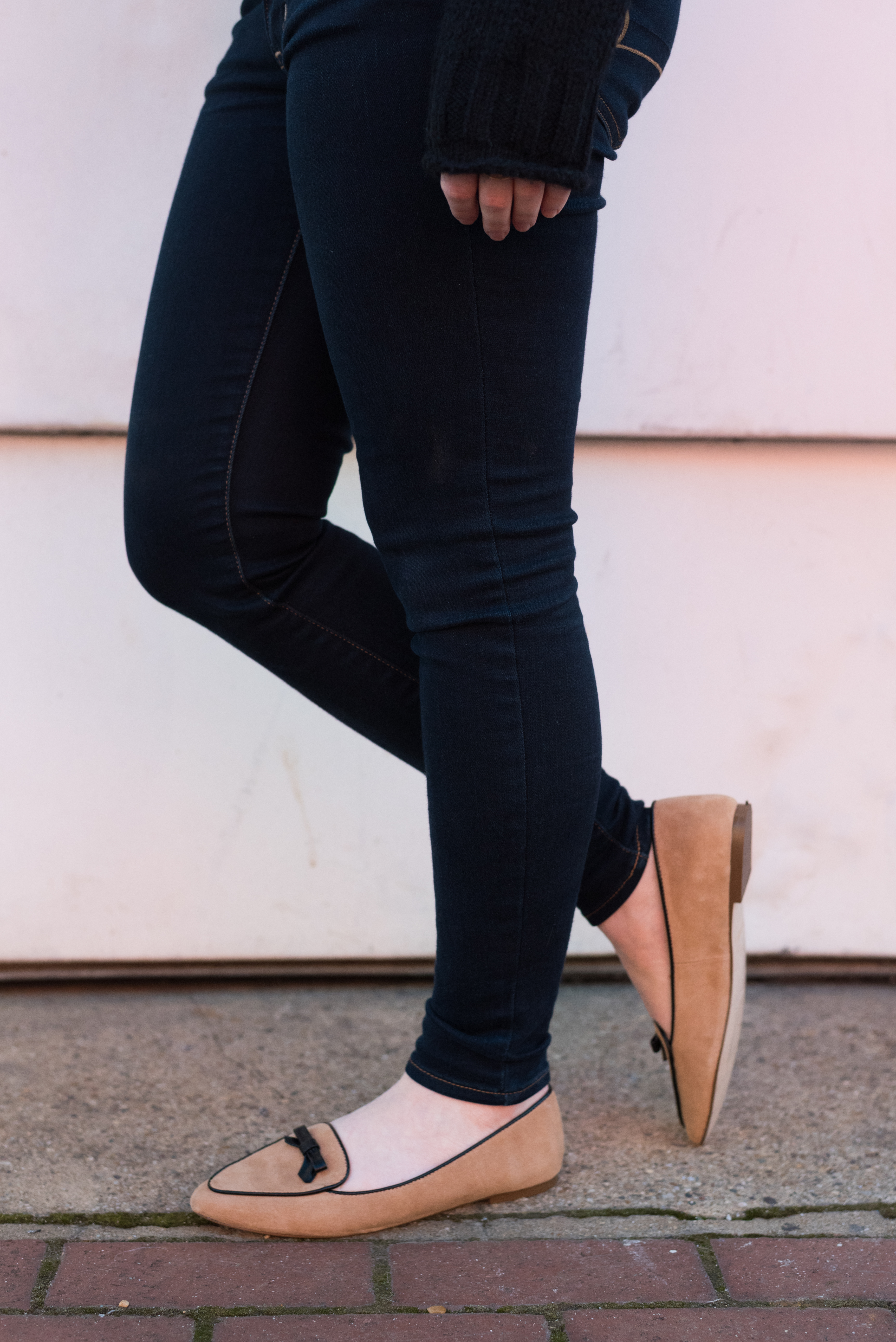 What I'm Already Doing to Implement My Word of the Year | Something Good, @Danaerinw , tan women's shoes, women's flats, women's loafers, loafers with bow, american eagle outfitters jeans, jeggings