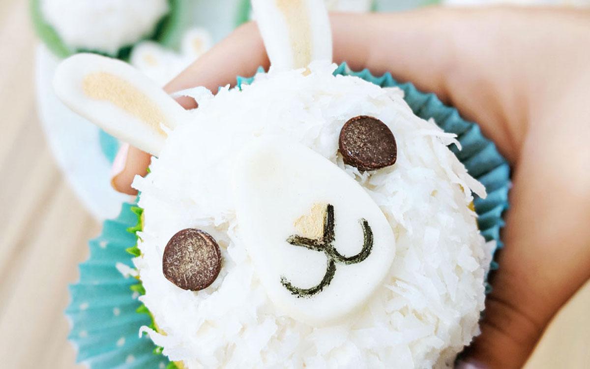 Llama Cupcakes SomethingSoSam