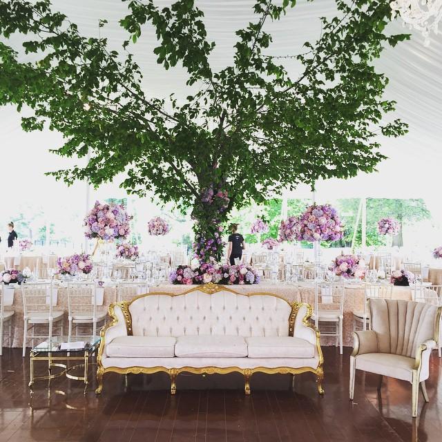 Getting set up for yesterday's incredible wedding with @eventsinthecity @hollychapple @designcuisine #vintagerentals #weddings #vaweddings #vintage #furniturerentals #eventplanning