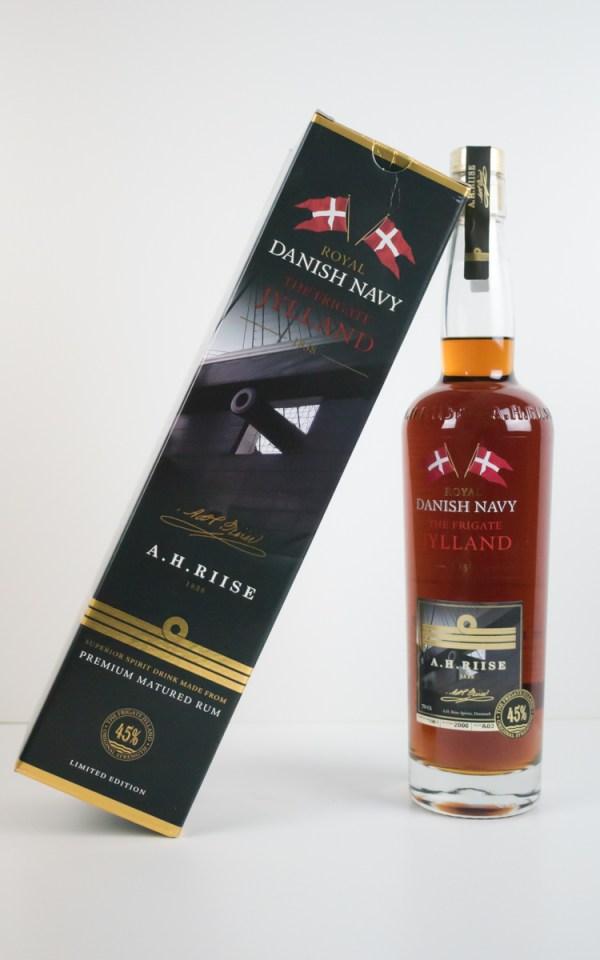 A.H. Riise Fregatten Jylland Danish Navy Rum 45% 0,7l