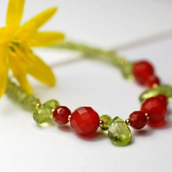 peridot-carnelian-necklace-