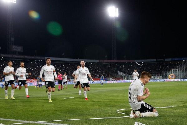 Colo Colo sigue puntero del fútbol nacional