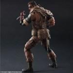 Play-Arts-Venom-Snake-Gold-Tiger-3