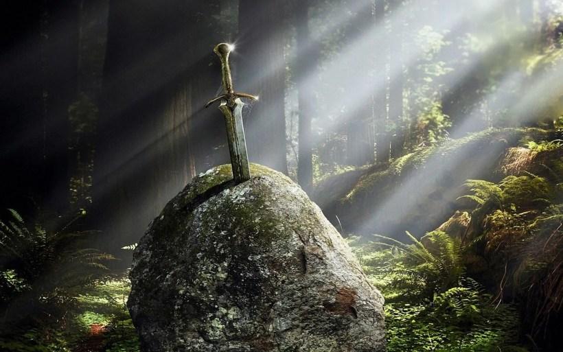 stones-excalibur_00415712
