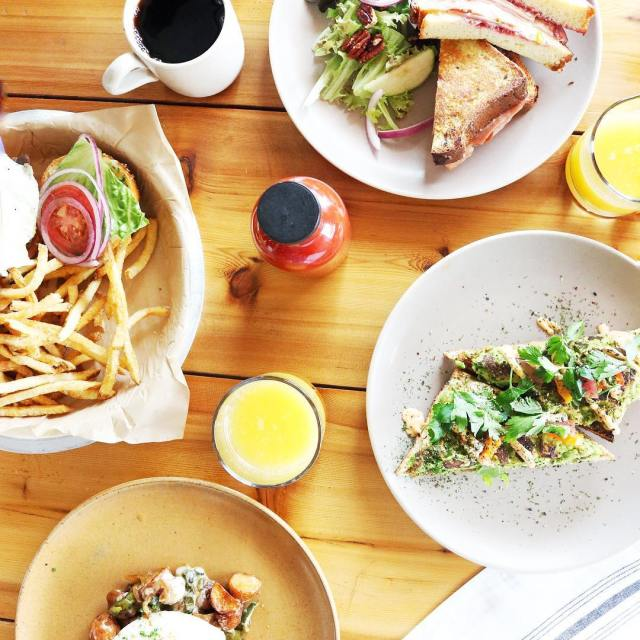 Brunch heaven Last week I brunched with emilyteachout at chiconaustinhellip