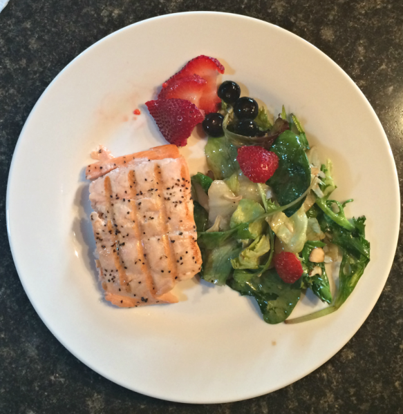Body - Healthy- Eating-Grilled Salmon with Balsamic Strawberry Spinach Salad