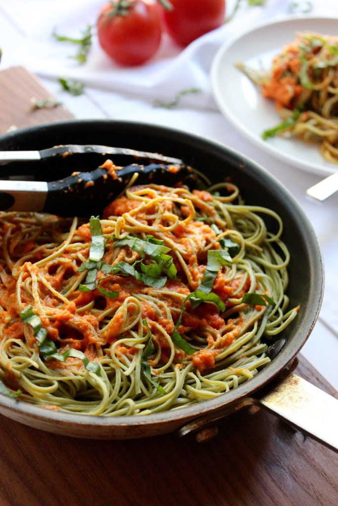Roasted Red Pepper Pasta (vegan + gluten-free) | So Much Yum