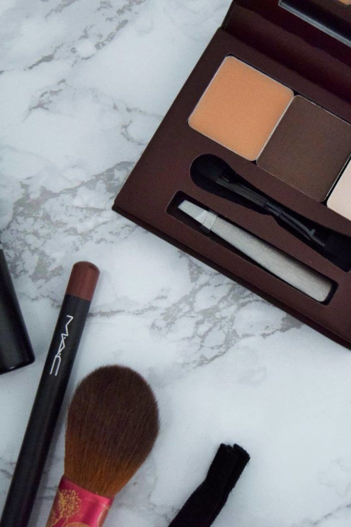 Make Up Essentials For When You're On The Go