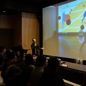 遠雄博物館-現場觀眾專注聆聽與會學者分享經驗的神情,更深入了解科技藝術在現今與未來所扮演的角色。