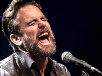 Interview: Charles Esten