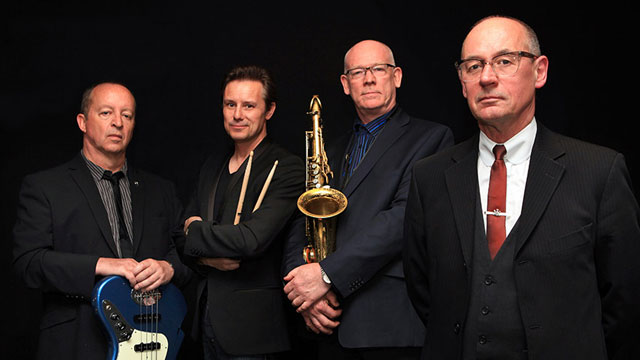 Andy Fairweather Low & The Lowriders